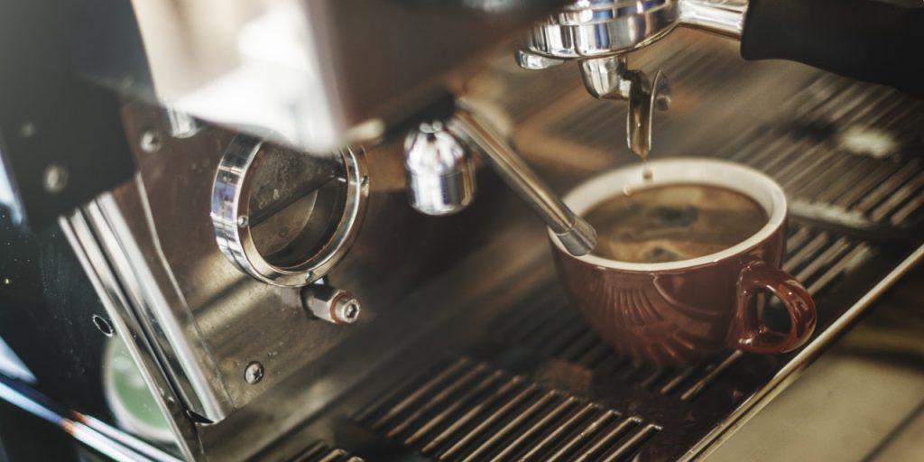 kave-gep-berles-rendezvenyre-irodaba-etterembe